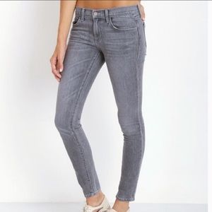 WILDFOX | marianne mid rise skinny jeans 25